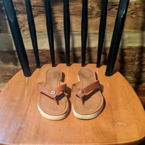 Coach Shelly sandals size 7